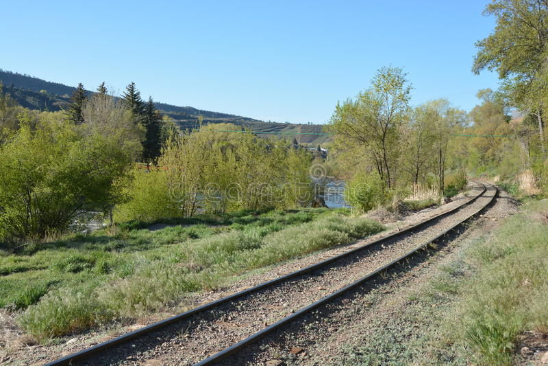 Las pistas de la Durango histórica y del indicador estrecho de Silverton Railroad fotografía de archivo