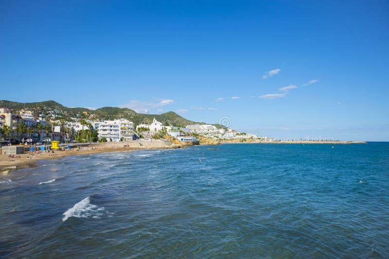 Las playas de Sitges Vista del terraplén imágenes de archivo libres de regalías