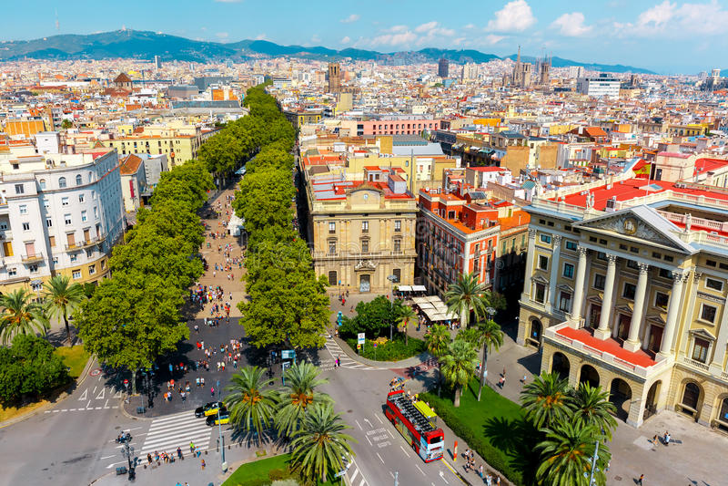 Las Ramblas em Barcelona, Catalonia, Espanha fotografia de stock royalty free