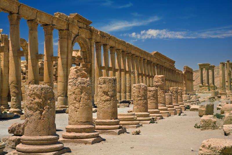 Las ruinas antiguas del Palmyra imagenes de archivo