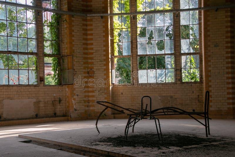 Las ruinas de Beelitz-Heilstätten perdieron el lugar Berlin Brandenburg foto de archivo libre de regalías