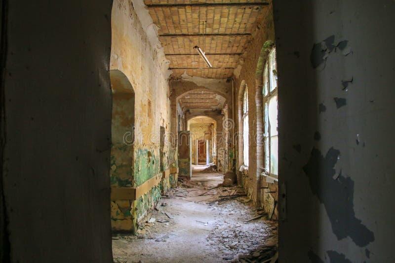 Las ruinas de Beelitz-Heilstätten perdieron el lugar Berlin Brandenburg imágenes de archivo libres de regalías