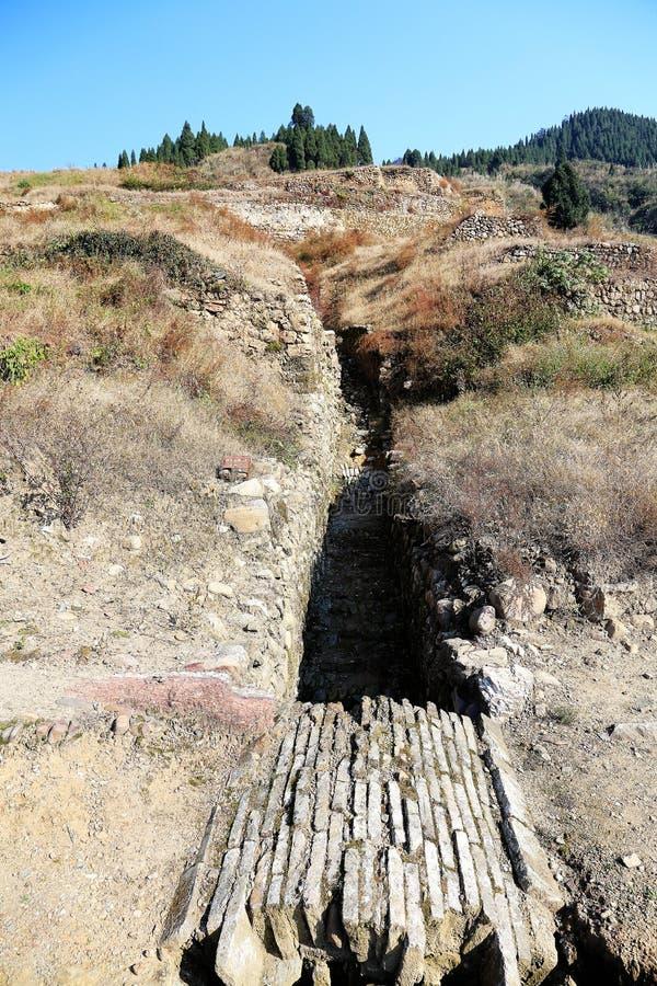 Las ruinas de la ciudad del cacique de Tujia en China imagenes de archivo