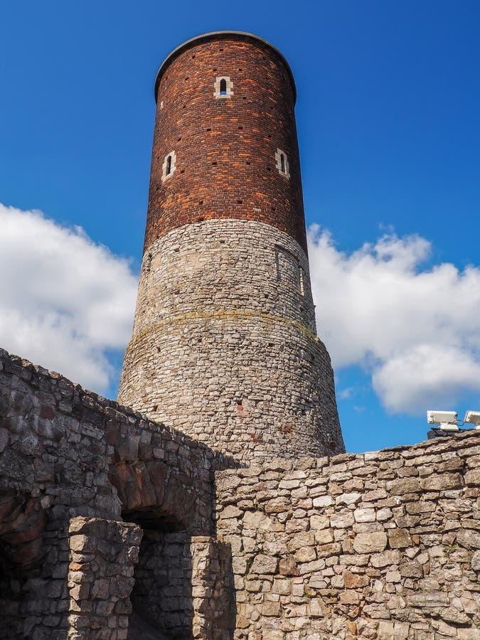 Las ruinas de un castillo medieval imagen de archivo libre de regalías