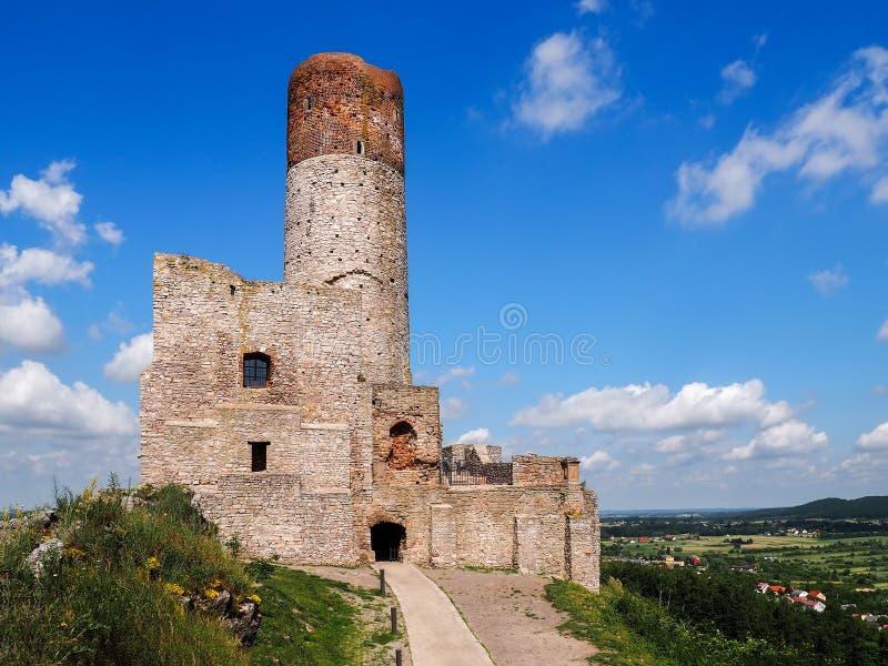 Las ruinas de un castillo medieval fotografía de archivo libre de regalías