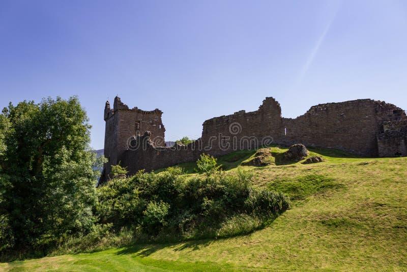Las ruinas del castillo de Urquhart fotografía de archivo libre de regalías
