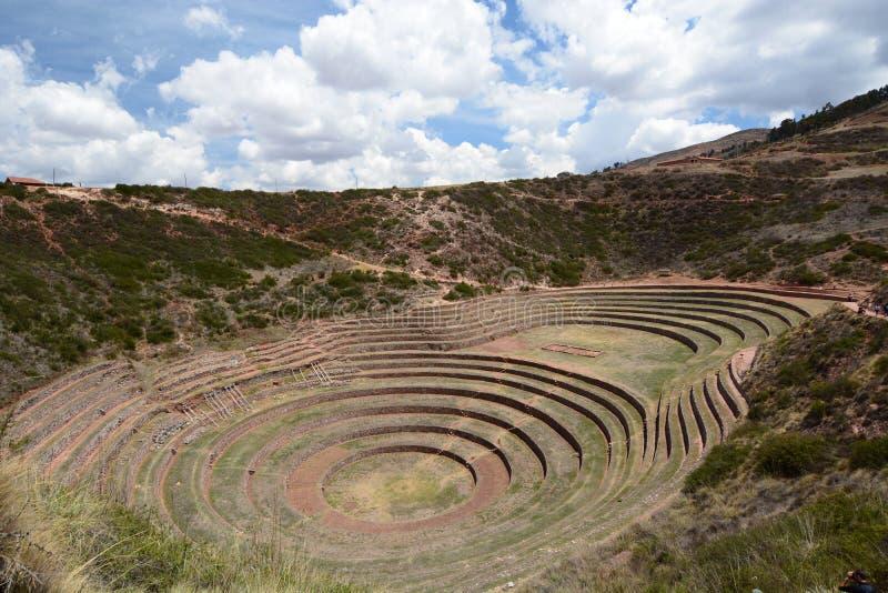 Las terrazas agrícolas Incan moray Valle sagrado Región de Cusco perú fotos de archivo