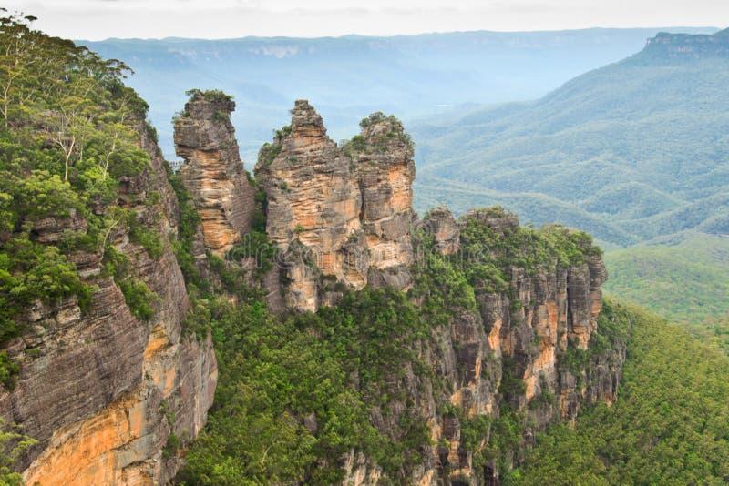 Las tres hermanas en montañas azules fotos de archivo libres de regalías