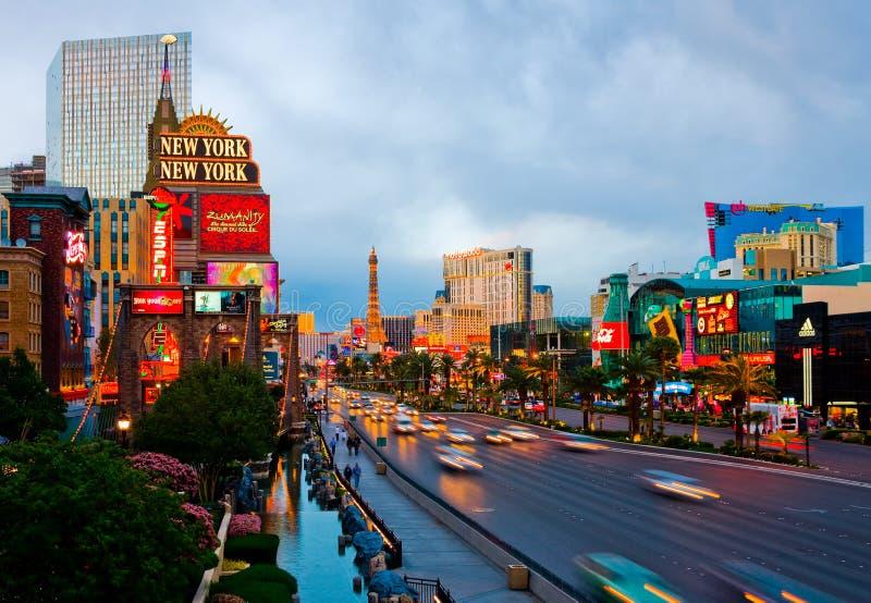 Las Vegas alla notte immagini stock libere da diritti