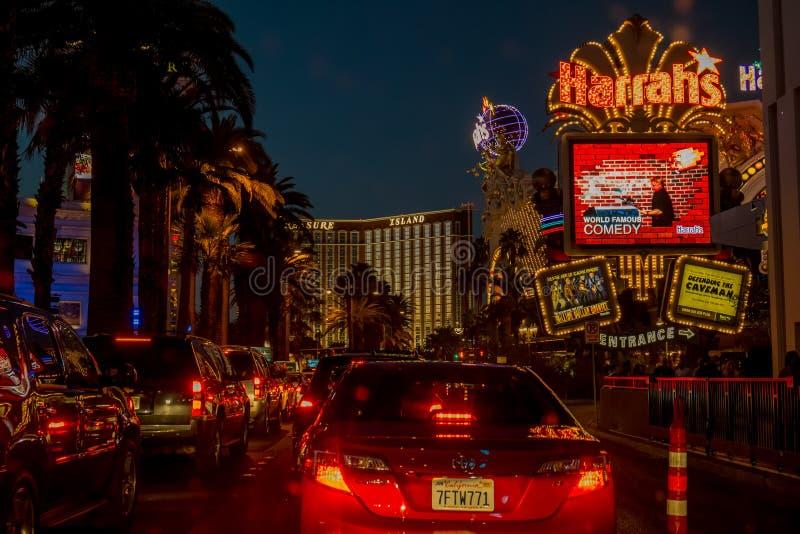 Las Vegas Boulevard por noche imagen de archivo