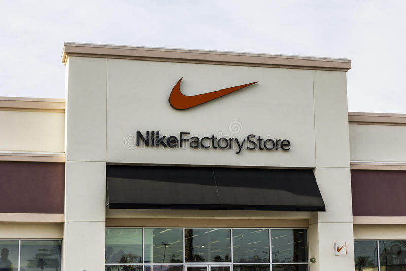 Concesión Empuje hacia abajo anchura  Las Vegas - Circa December 2016: Nike Factory Store Strip Mall Location II  Editorial Photography - Image of design, company: 82772317