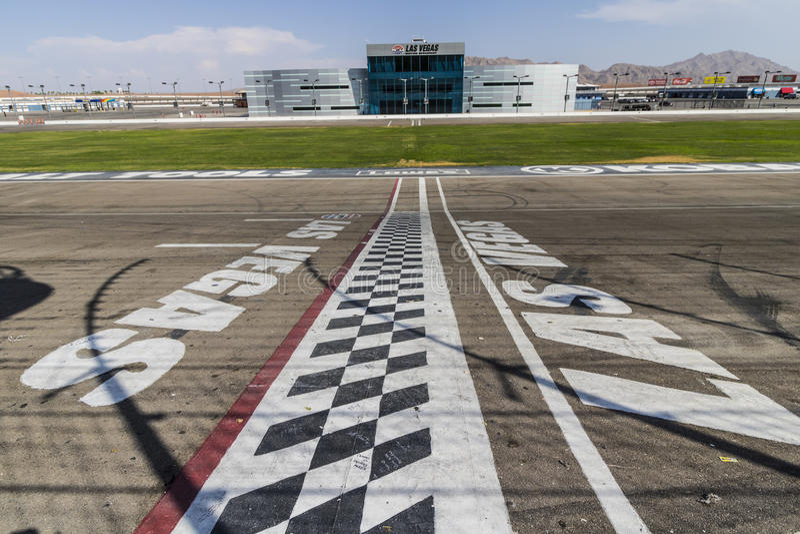 Las Vegas - Circa Juli 2017: Het begin beëindigt lijn in Las Vegas Motor Speedway LVMS-gastheren NASCAR en NHRA-gebeurtenissen VI royalty-vrije stock afbeelding