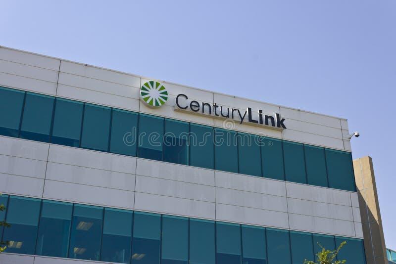 Las Vegas - circa julio de 2016: Oficina corporativa de CenturyLink CenturyLink ofrece datos y servicios de comunicaciones III fotos de archivo