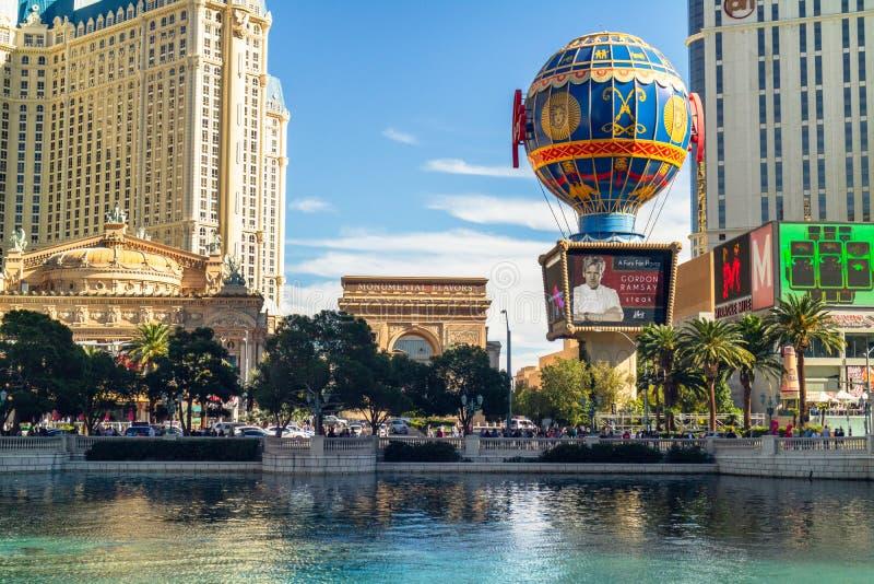 Las Vegas, el hotel de Bally, hotel París, hotel Planet Hollywood, visión desde la fuente de Bellagio foto de archivo libre de regalías