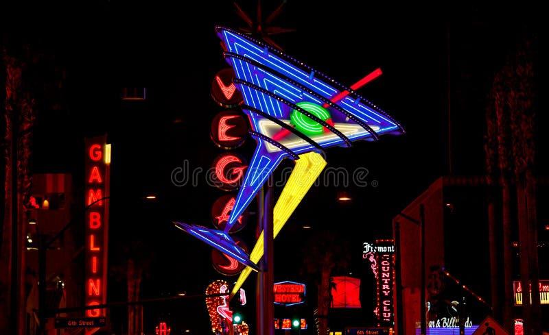 Las Vegas entro la notte fotografie stock