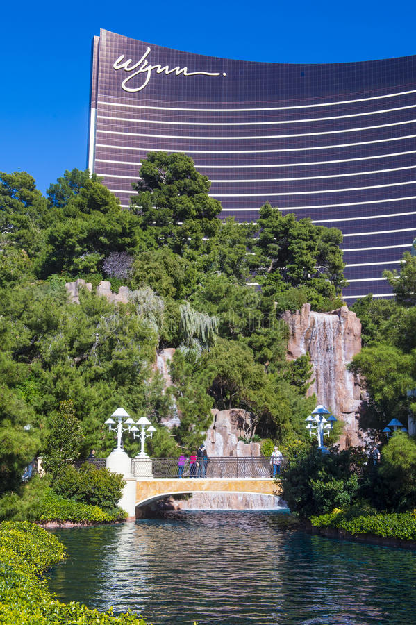 Download Las Vegas editorial photo. Image of tourism, colorful - 33760511