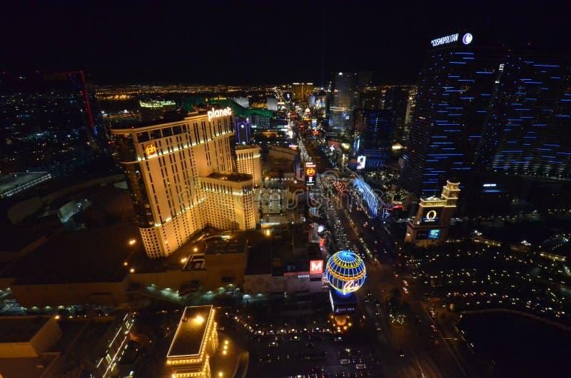 Las Vegas, hotel y casino, zona metropolitana, metrópoli, noche, rascacielos de París fotografía de archivo