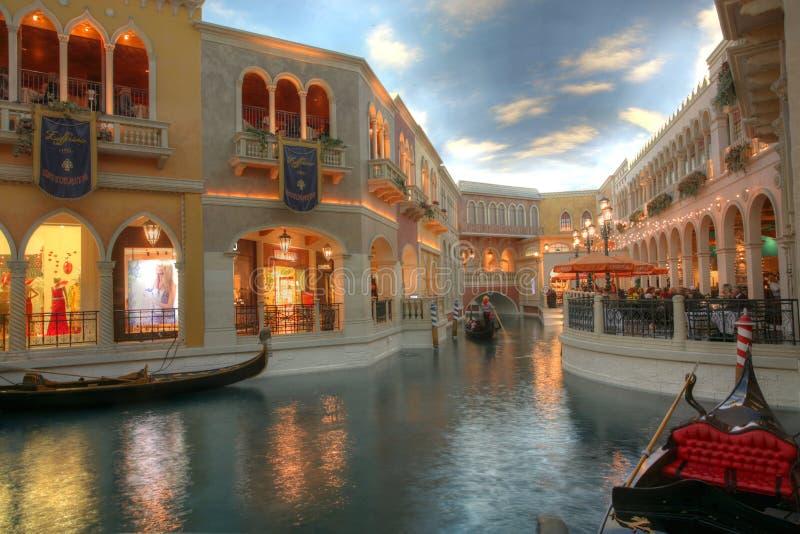 LAS VEGAS - JANUARI 31: Det Venetian semesterorthotellet och kasinot på Las royaltyfria foton