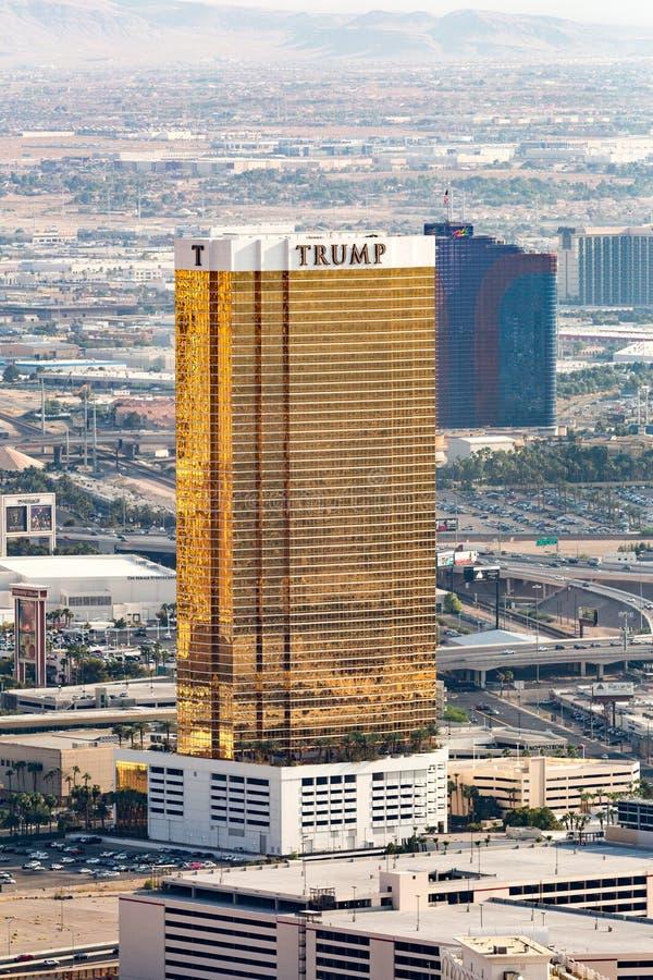 Las Vegas, los E.E.U.U. - 12 de julio de 2017: Ciérrese encima de la vista del oro y del wh fotos de archivo libres de regalías