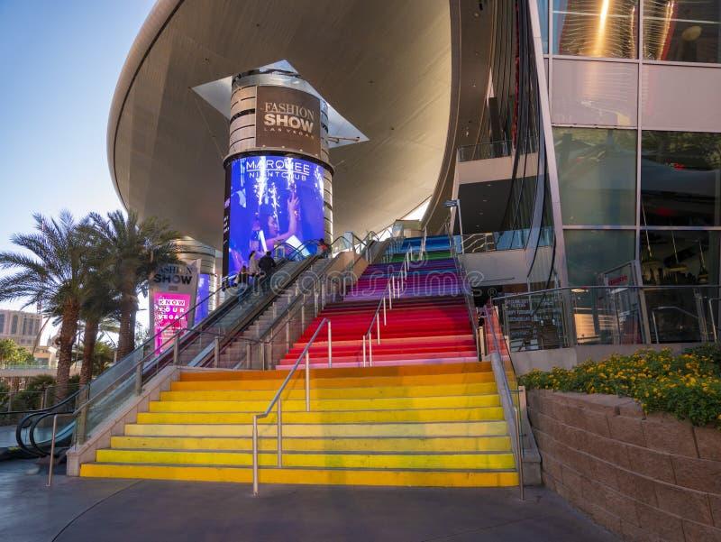 Las Vegas Mall Flerfärgad trappa Förenta staterna royaltyfri fotografi