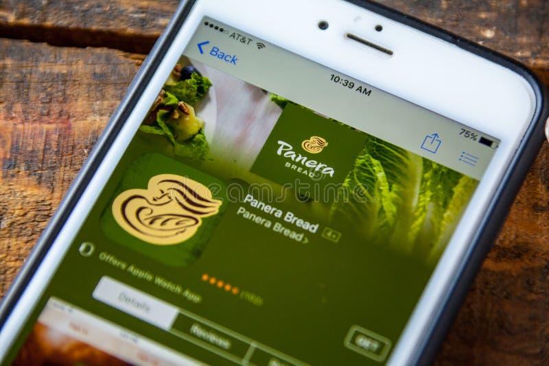 LAS VEGAS, nanovolt - 22 de setembro 2016 - IPhone App do pão de Panera dentro fotos de stock royalty free
