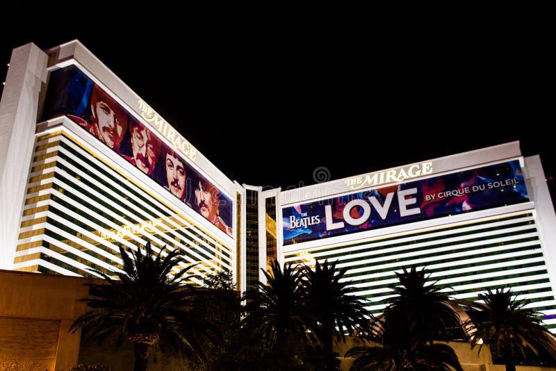 Las Vegas, nanovolt, Etats-Unis 09032018 : vue de nuit de l'hôtel et casino de mirage photos stock