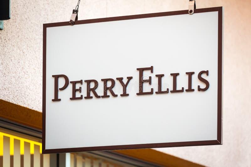 LAS VEGAS, NEVADA - Augustus tweeëntwintigste, 2016: Perry Ellis Logo On Store stock afbeeldingen