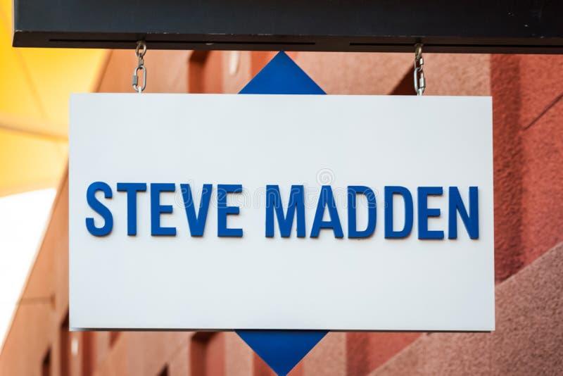 LAS VEGAS, NEVADA - 22 de agosto de 2016: Steve Madden Logo On Stor foto de archivo libre de regalías