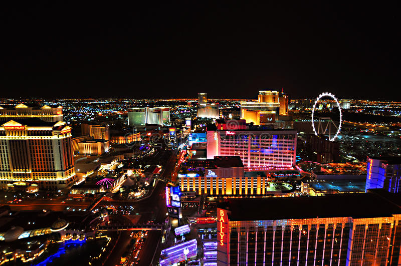 LAS VEGAS, NEVADA, ETATS-UNIS - 22 AVRIL 2015 : Vue aérienne de la bande, bout droit de 4 2 milles chez Las Vegas Boulevard image stock