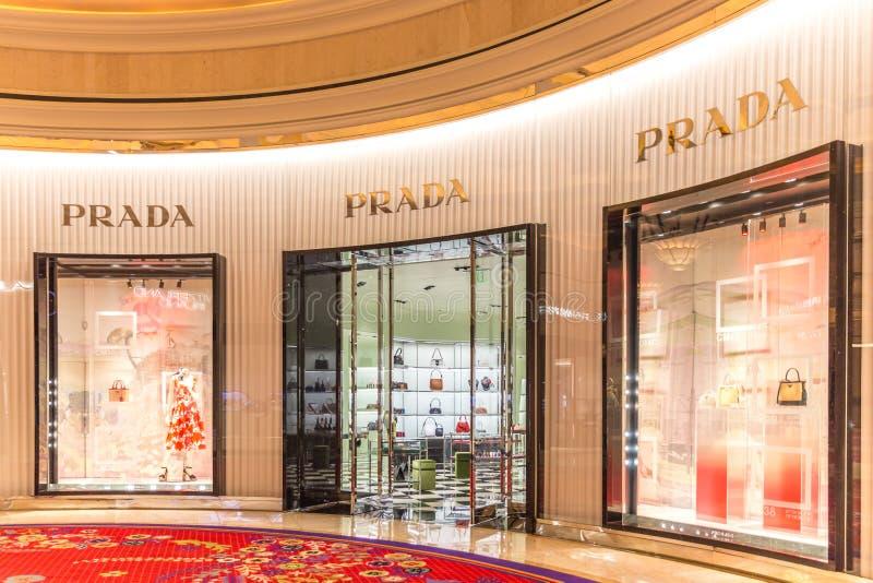 LAS VEGAS, NEVADA, EUA - 13 DE MAIO DE 2019: Loja de Prada no hotel de Wynn em Las Vegas Prada é casa de forma luxuosa italiana fotografia de stock royalty free