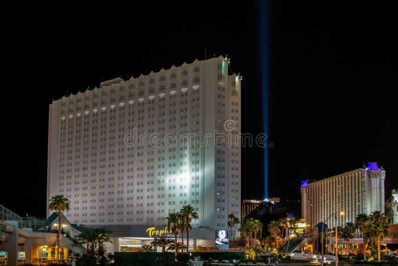 Las Vegas, NEVADA/USA - 2 août ; L'hôtel de Tropicana a illuminé a image stock