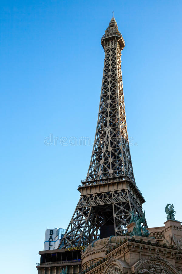 LAs VEGAS, NEVADA/USA - AUGUST 1 : View at sunrise of the replica Eiffel Tower at the Paris Hotel in Las Vegas Nevada on August 1 stock photography