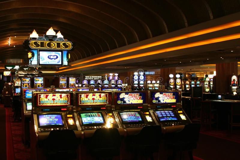LAS VEGAS NEVADA, USA - AUGUST 18. 2009: Vintage slot machines in a Casino royalty free stock photos