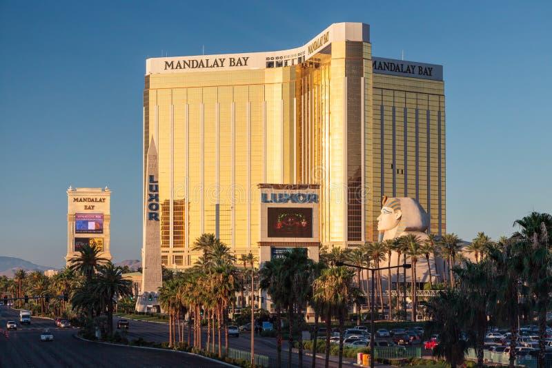 Las Vegas NEVADA/USA - AUGUSTI 1; Sikt av det Mandalay fjärdhotellet in arkivbild