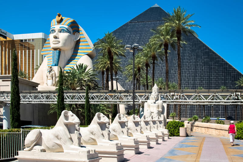Las Vegas, NEVADA/USA - 1er août ; Vue de l'hôtel de Louxor en La images stock