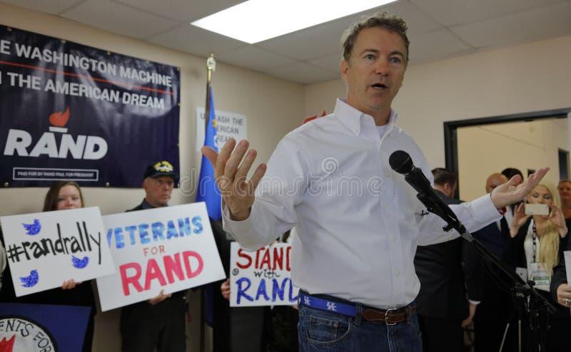 LAS VEGAS, NV, 15 Dec, 201Presidential-Kandidaat Rand Paul Campaigns in Las Vegas Rand Paul Election Office de dag vóór CNN-Rep royalty-vrije stock afbeeldingen