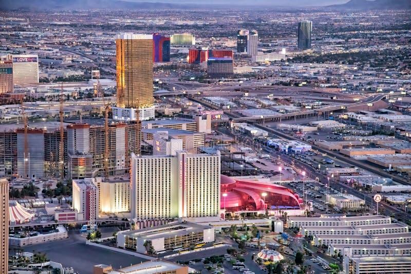 LAS VEGAS, NV - 29 GIUGNO 2018: Vista aerea di notte del casin? del circo del circo Las Vegas ? conosciuto come Sin City, citt? d fotografie stock libere da diritti