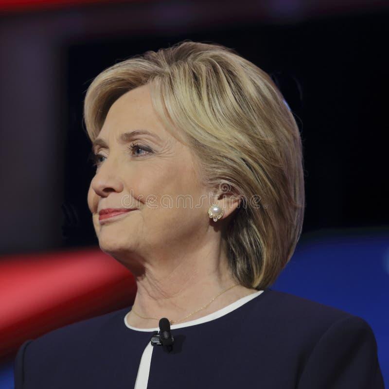 LAS VEGAS, NV - PAŹDZIERNIK 13 2015: (L-R) Demokratyczna prezydencka debata uwypukla kandydat poprzedniej sekretarki stan i U S S zdjęcie stock