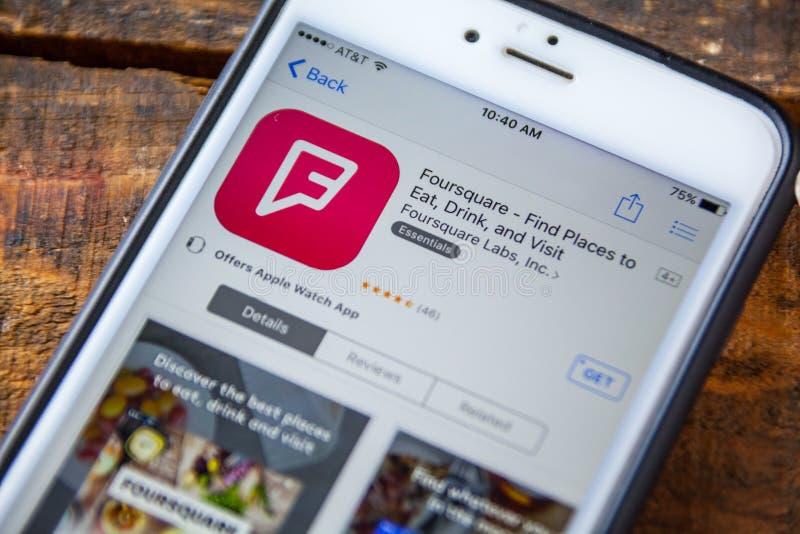 LAS VEGAS NV - September 22 2016 - Foursquare iPhone App i Th arkivbild