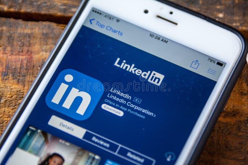 LAS VEGAS NV - September 22 2016 - LinkedIn iPhone App i arkivfoto