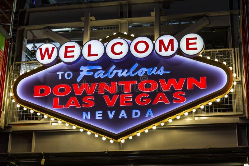 Las Vegas - Około Grudzień 2016: Powitanie Bajecznie W centrum Las Vegas znak na Fremont ulicie Ja zdjęcia stock