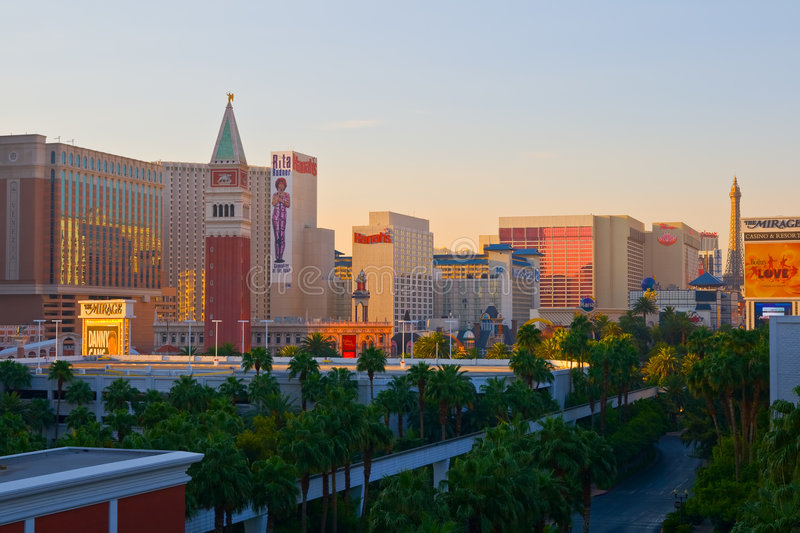 las vegas at sunset editorial photography image of famous 4583757. Black Bedroom Furniture Sets. Home Design Ideas