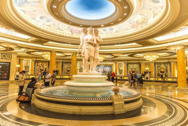 LAS VEGAS USA - MAJ 28, 2015: Den Ceasars slottinre i Las Vegas Caesars Palace ?r ett lyxigt hotell och en kasino arkivbild