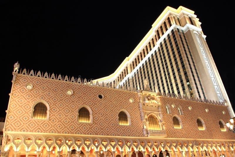 Las Vegas veneciano en la noche imagen de archivo libre de regalías