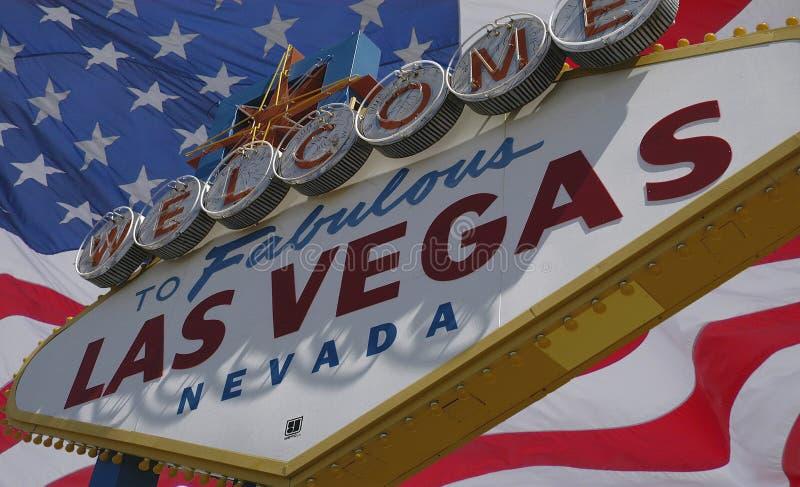 Las- Vegaszeichen und USA-Markierungsfahne lizenzfreie stockfotografie