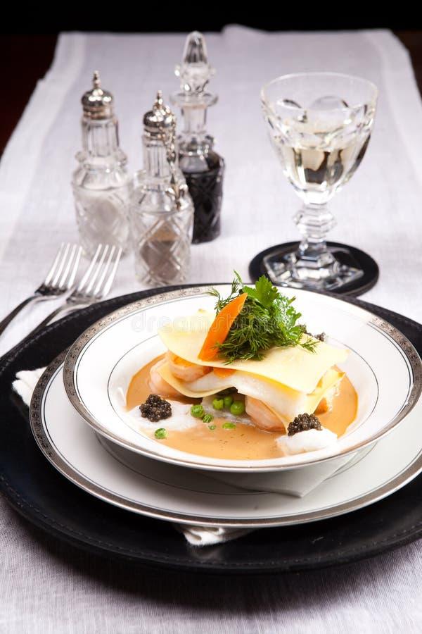 Download Lasagna θαλασσινών στοκ εικόνες. εικόνα από κατανάλωση - 17055278