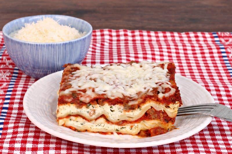Lasagna porcja zdjęcie stock