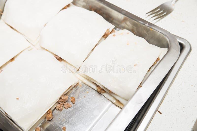 Lasagna przygotowywający obrazy royalty free