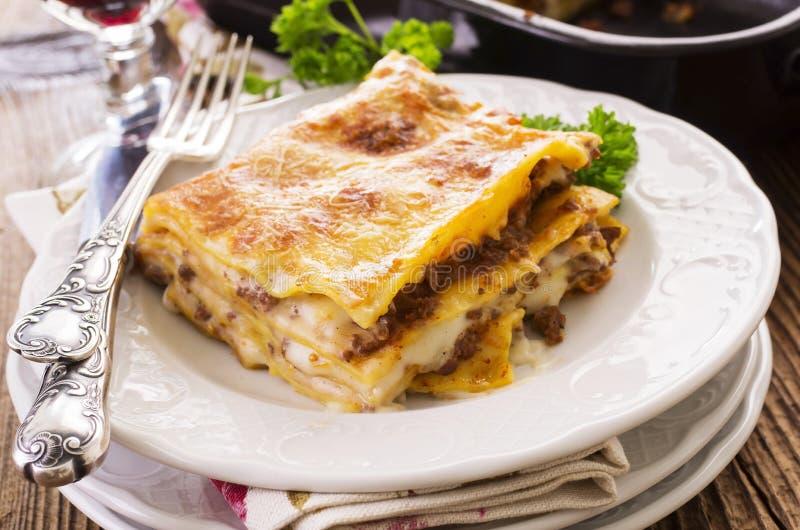 Lasagne med jordkött fotografering för bildbyråer