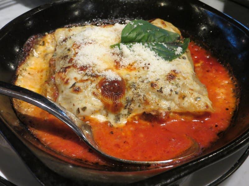 Lasanhas italianas do alimento fotografia de stock